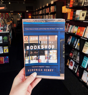 How-to-Find-Love-in-a-Bookshop_BFTL